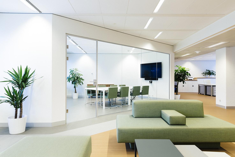 Bedrijfsfotografie, interieur van kantoorpand door architect Sander Vredeveld; foto gemaakt door fotograaf Feike Faase