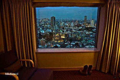 Reisfotografie: Tokyo uitzicht vanuit hotelkamer; foto door fotograaf Feike Faase