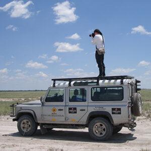 Op reis in Afrika aan het werk